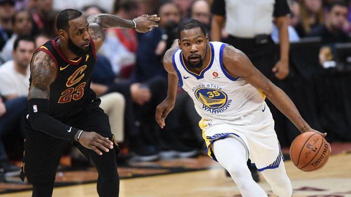 Duel LeBron James vs Kevin Durant di Final NBA 2018 (Foto: Ken Blaze-USA TODAY Sports)