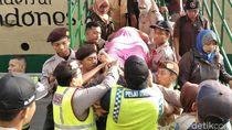 Kontraksi, Penumpang Hamil di Kapal Labobar Dilarikan ke RS PHC