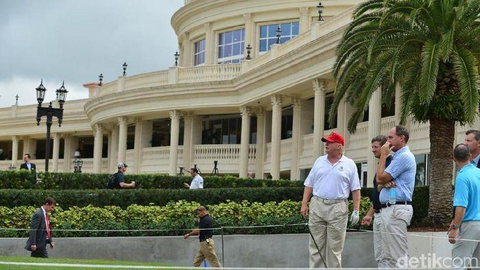 Trump punya padang golf mewah di Miami bernama Trump National Doral. Foto: Forbes