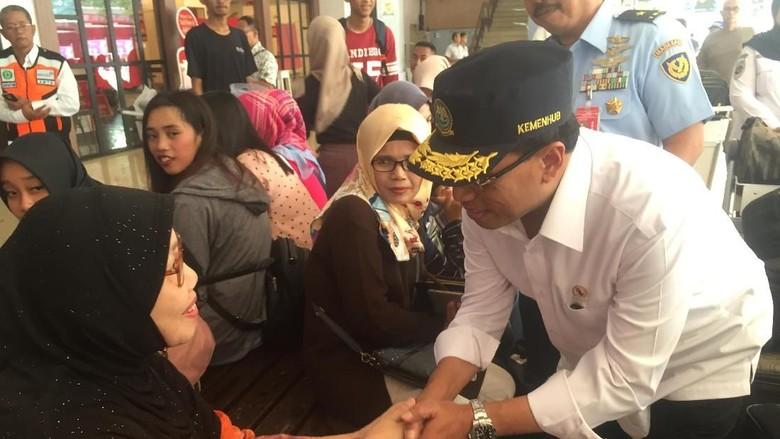 Menhub Cek Kesiapan Arus Mudik di Bandara Halim Perdanakusuma