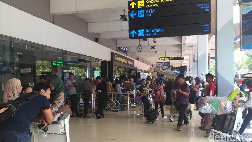 Penerbangan Via Bandara Halim Bakal Dikurangi, Kenapa?