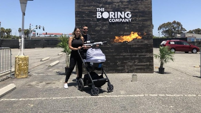 Flamethrower The Boring Company. Foto: Twitter/Elon Musk