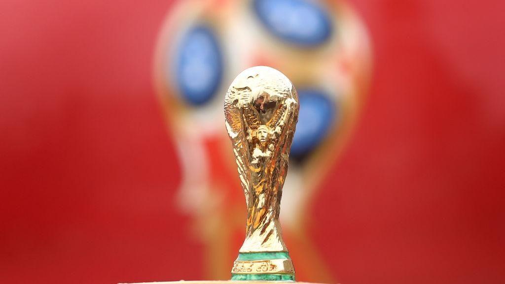 Seperti Apa Trofi Piala Dunia Jika Bumi Berbentuk Datar?