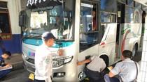 9 Bus Tak Laik Jalan Terjaring di Terminal Ciamis