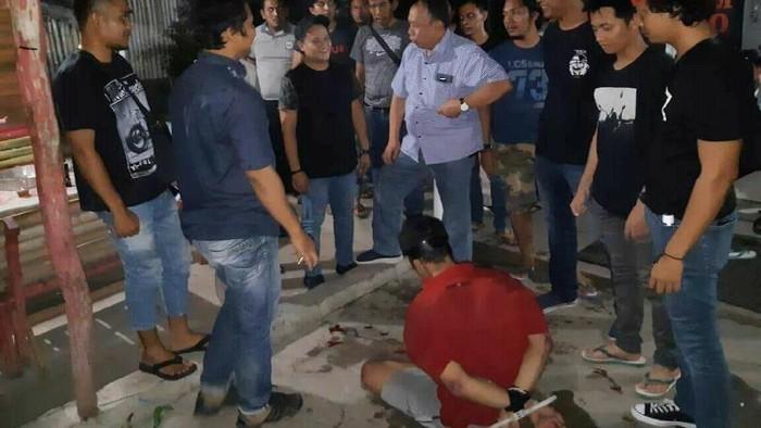 Foto: Pelaku pembunuh wanita yang mayatnya ditaruh dalam boks di Musala Al-Musyaroffah (istimewa)