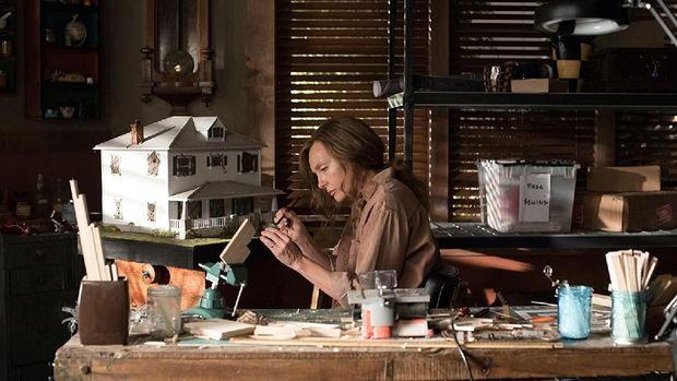 Mengacak-acak Perasaan, 'Hereditary' Film Horor Menjengkelkan