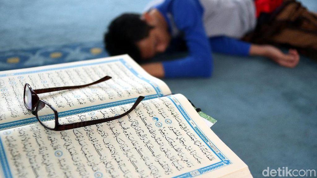 Surat Al Balad Ayat 4: Kesulitan di Tiap Fase Kehidupan