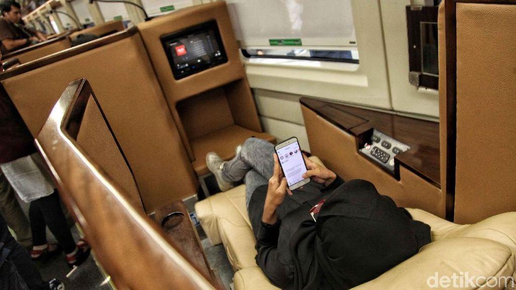 Apa Fasilitas Kereta Mudik JKT-SBY Bertarif Rp 1,5 Juta?