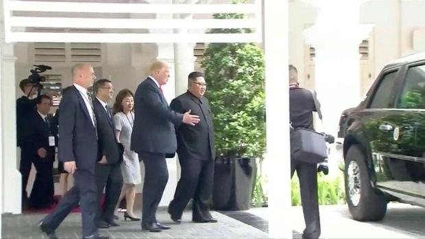 Trump pamer The Beast ke Kim Jong-un
