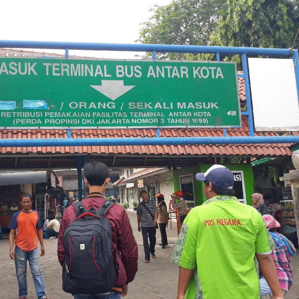 Terminal Kp. Rambutan Operasikan Angkot dan TransJ dari Dinihari