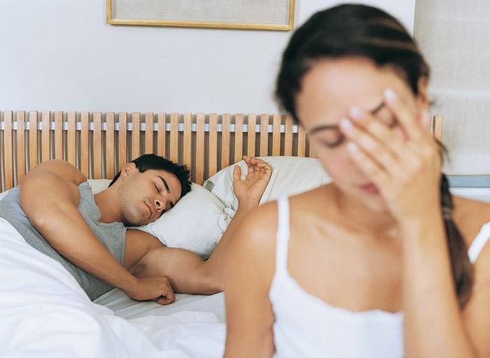 Masalah seks di usia paruh baya adalah hal yang umum. Selain rasa sakit saat berhubungan seks, stres juga salah satu masalah yang menimbulkan gairah bercinta jauh berkurang, demikian ditulis Prevention. (Foto: Ilustrasi/Thinkstock)