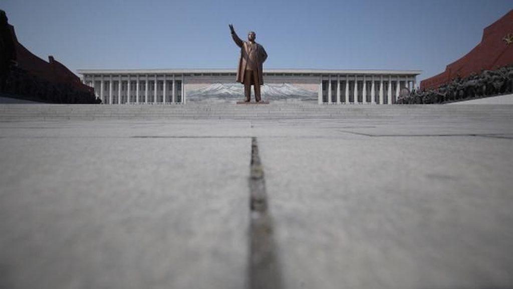 Gelapnya Korea Utara Malam Hari Dilihat dari Antariksa