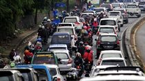 Akhir Pekan Habis di Jalan Saat PJKA Tak Berjalan Sesuai Rencana