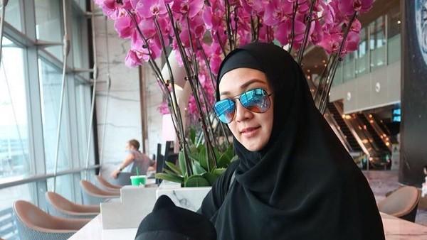 Resmi Cerai, Dina Lorenza-Ghatan Ternyata Sudah Pisah Ranjang 2 Tahun