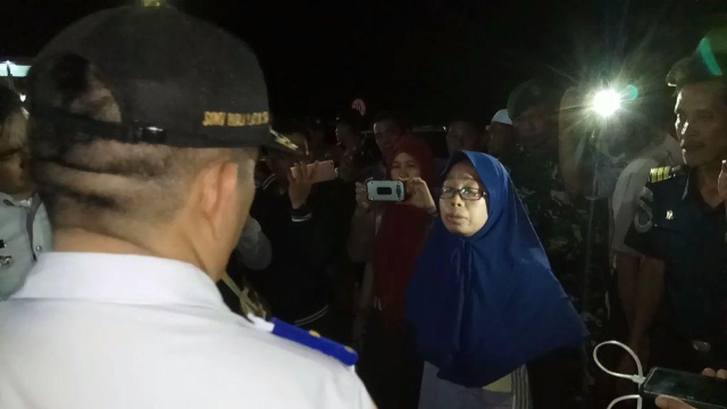 Telat Diberangkatkan, Pemudik di Bone Menangis dan Protes Petugas
