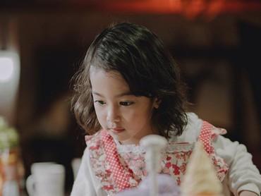 Khanza yang cantik ini sebentar lagi jadi kakak, lho. (Foto: Instagram @khanzariphat)