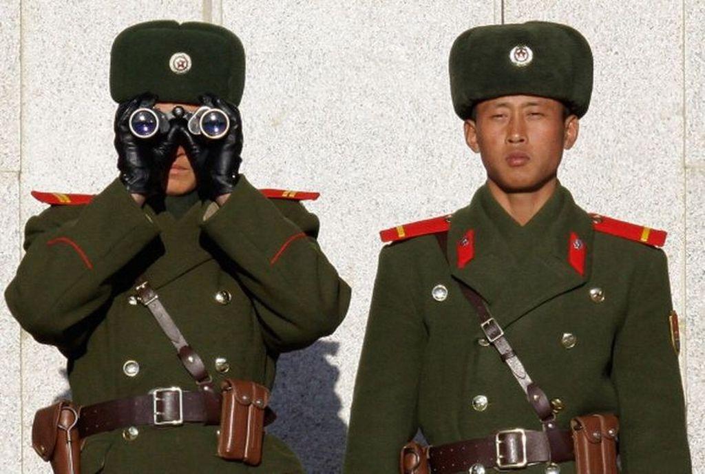 Penampilan tentara Korut yang menghabiskan banyak anggaran untuk kepentingan militer. Foto: Getty Images