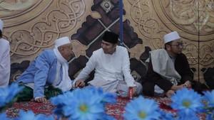 Hadiri Pasar Sejuta Waqiah, Emil Disebut Pemimpin Santun dan Cerdas