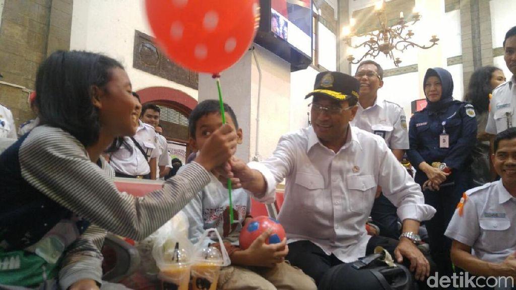 Di Sela Pantau Mudik di Semarang, Menhub Sosialisasi Asian Games