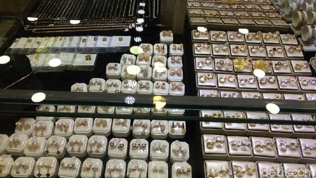 Perhiasan Emas/Foto: Puti Aini Yasmin/detikFinance