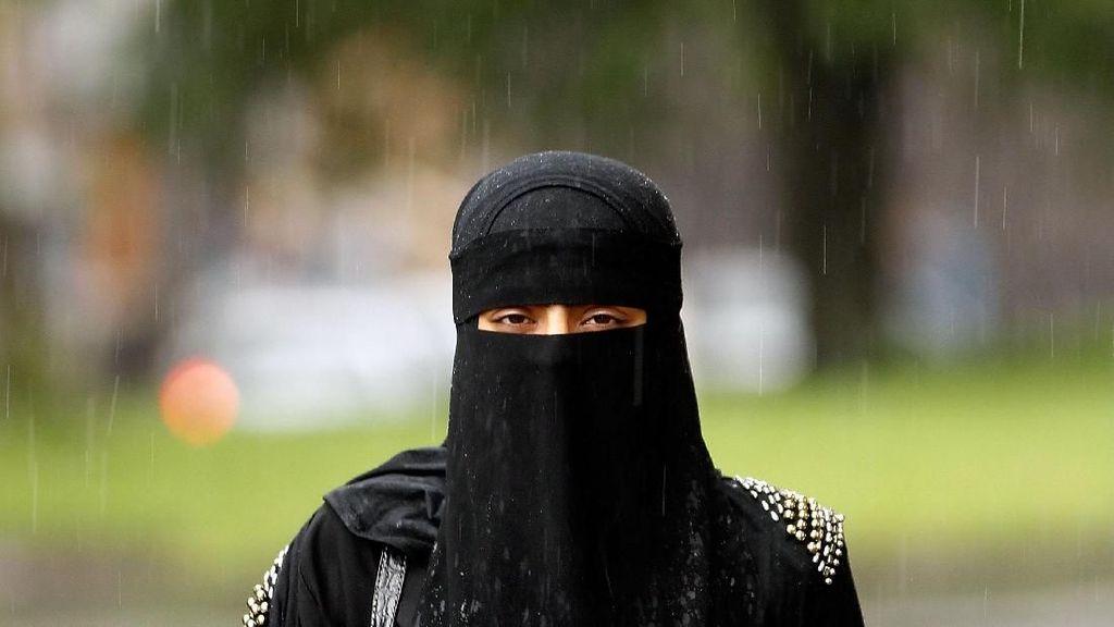 Wanita Ini Didenda Rp 22 Juta Karena Pakai Cadar di Denmark
