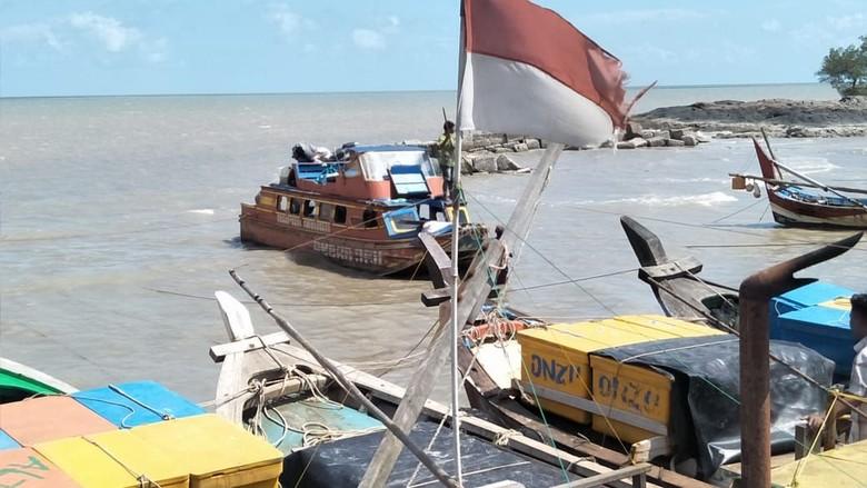Speedboat Mudik Dihantam Ombak di Sumsel: 2 Tewas, Puluhan Hilang