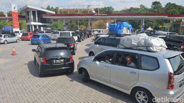 Volume Kendaraan Meningkat, Rest Area Tol Palikanci Ini Dibuka-Tutup