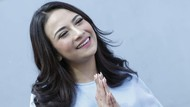 Dinyinyirin karena Sebar Transferan dari Lingga, Vanessa Angel Tak Peduli
