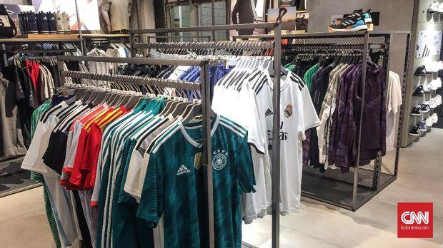 Penjualan Atribut Tak Tertular Semarak Piala Dunia 2018