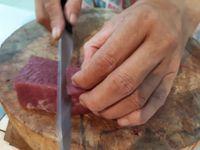 Perhatikan 6 Hal Ini Saat Beli Daging Sapi untuk Rendang