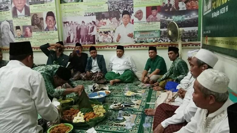 PCNU Surabaya Prihatin, Diduga Arus Bawah NU Digiring ke Khofifah