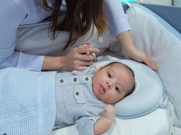 Kata dr Reisa, Baby Yoda ini mini me-nya. Setuju, Bun? (Foto: Instagram/ @reisabrotoasmoro)