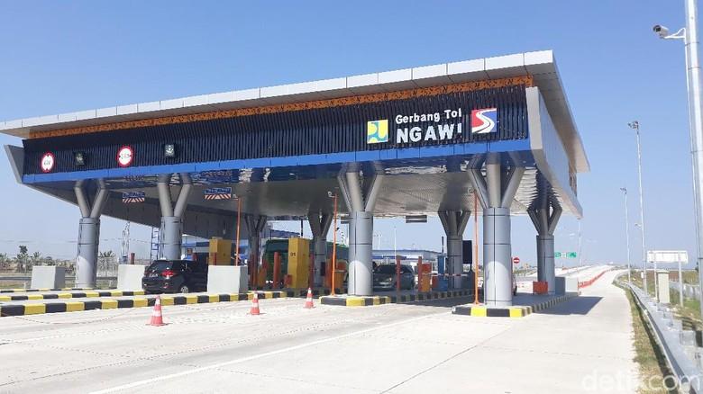 Puncak Mudik, Sehari 12.491 Kendaraan Masuk Tol Ngawi