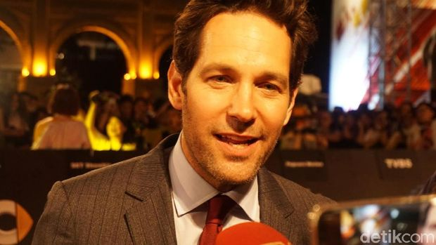 Paul Rudd dan Evangeline Juga Kompak di Luar 'Ant-Man and The Wasp'
