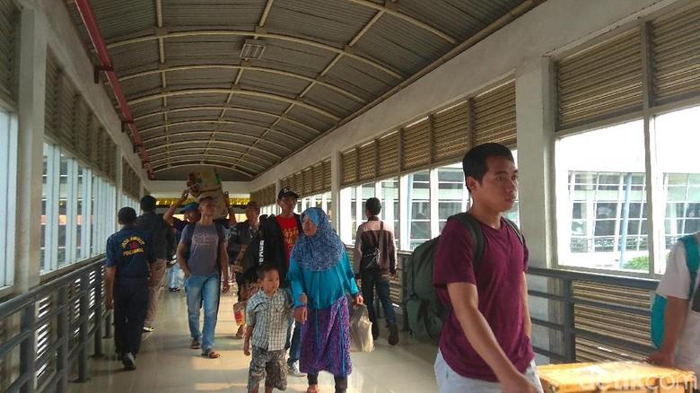 Tahun ini, Pemudik di Terminal Purabaya Alami Peningkatan