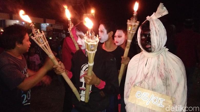 Ada Danyang Desa dan Pocong di Perayaan Malam Takbiran di Jepara
