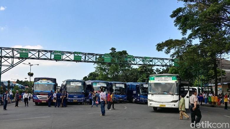 Tiket Pesawat Mahal, Pemudik Bus di Bandung Diprediksi Naik