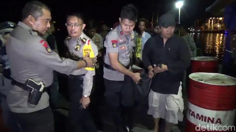 8 Jenazah Korban Kapal Tenggelam di Makassar Diserahkan ke Keluarga