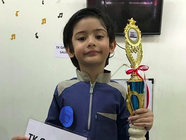 Wah, King berhasil jadi juara pertama dalam salah satu lomba di sekolahnya nih. (Foto: Instagram/ @fairuzarafiq)