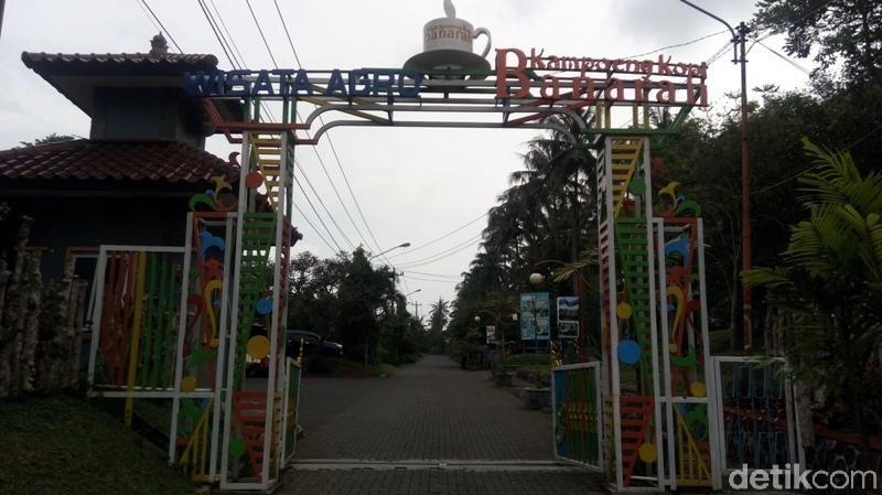 Inilah Agrowisata Kampoeng Kopi Banaran. Destinasi wisata ini bisa kalian kunjungi kalau mudik ke Semarang. (Eko Susanto/detikTravel)