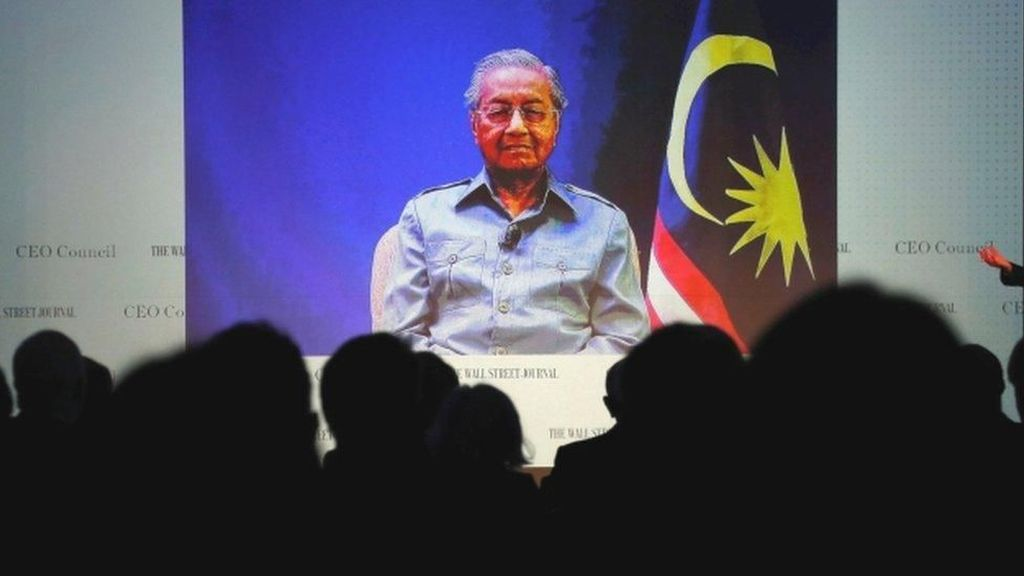 Mahathir Mohammad Berkuasa Kembali, 2 Hakim Tinggi Malaysia Mundur