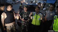 Malam Takbiran, Polisi Gerebek Lapak Miras Oplosan di Garut