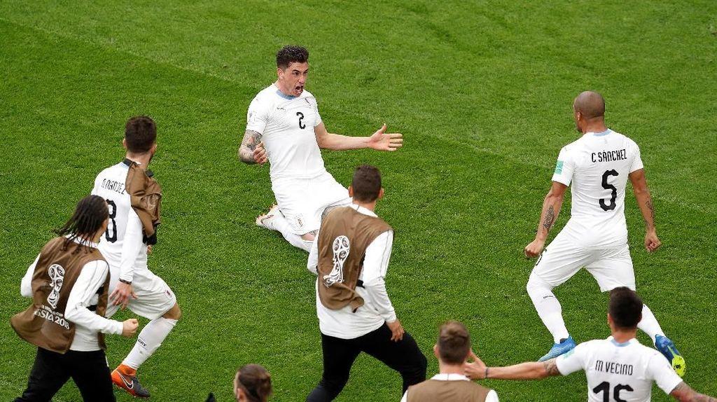 Kemenangan Pertama Uruguay di Laga Awal Piala Dunia Sejak 1970