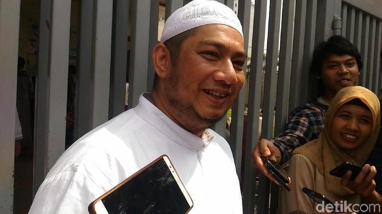 Opor Ayam dari Suami untuk Bupati Rita di Rutan KPK