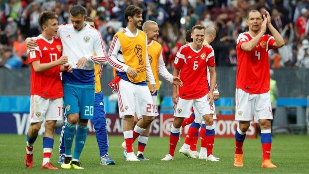 Timnas Rusia mengakhir paceklik kemenangan dengan mengalahkan Arab Saudi.