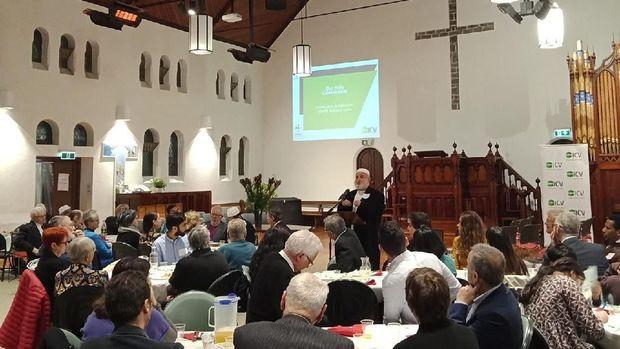 Komunitas Kristen mengundang umat Muslim berbuka di gereja