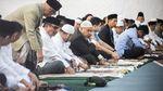 Foto: Senyum Novanto-Nazaruddin Saat Salat Id di Lapas Sukamiskin