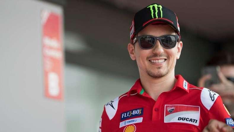 Tekad Lorenzo Tinggalkan Ducati dengan Senyuman