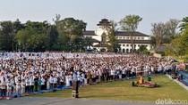 Melihat Pelaksanaan Salat Idul Fitri di Gasibu Bandung
