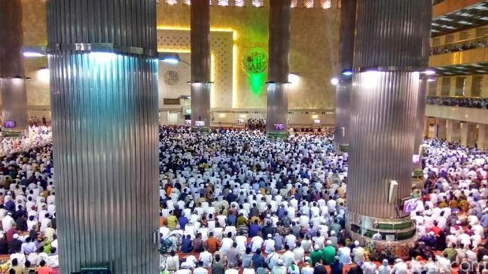 Salat Id di Masjid Istiqlal, Jakarta, Jumat (15/6/2018)